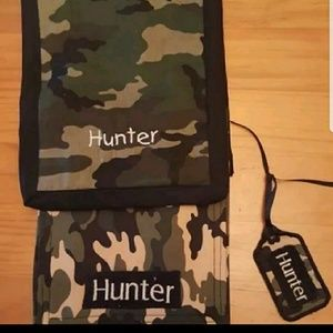 Other - Set of 2 burp cloths personalized Hunter name